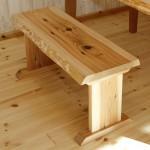 ダイニングベンチを無垢材でDIY!木製ベンチの作り方(耳付き)